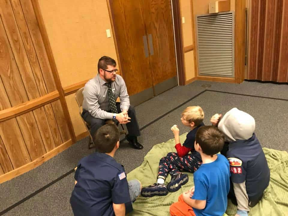 Dr. Reece Hayden Presenting to Cub Scouts in the Boy Scouts of America